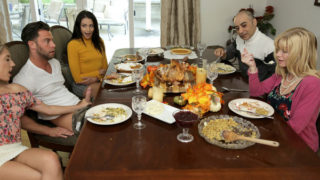 MyFamilyPies – Thanksgiving Is For Creampies
