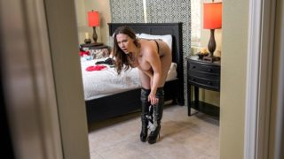 LilHumpers – Banging The Bellhop